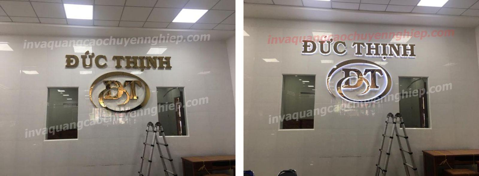 Làm biển lễ tân, logo backdrop văn phòng bằng inox